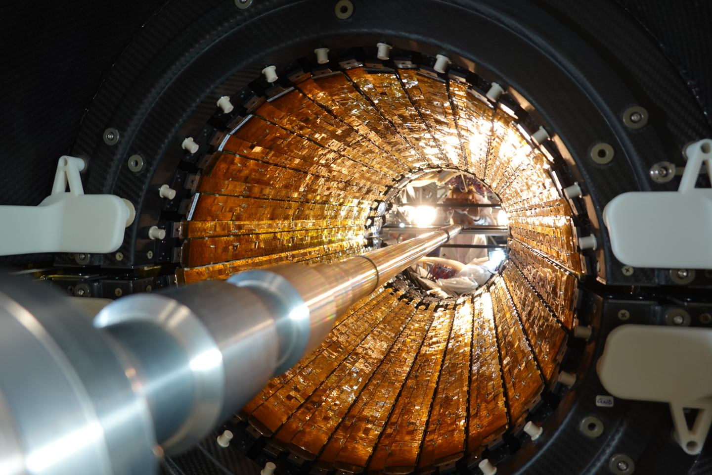 ALICE prepares for Run 3 after last new subdetector installation